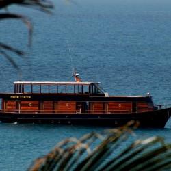 Над 50 супер луксозни яхти акостираха на остров Пукет за новата 2018-та година - 5