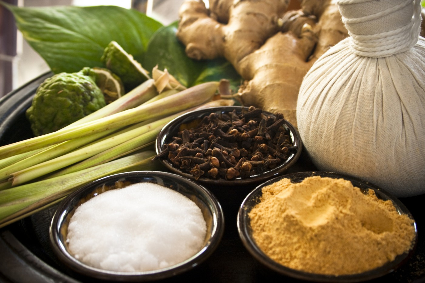 Най-добрите етерични масла за домашна ароматерапия