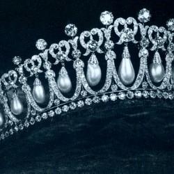 Бижутата, които сменят своите принцеси - 4