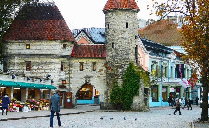 Coffee and books in the Old Town of Tallinn