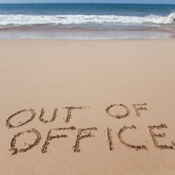Out of office reply: за или против? - 2