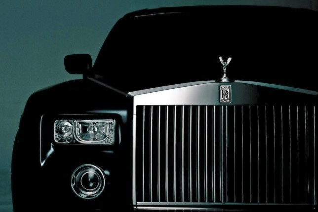 Rolls-Royce is Taking on the SUV Challenge