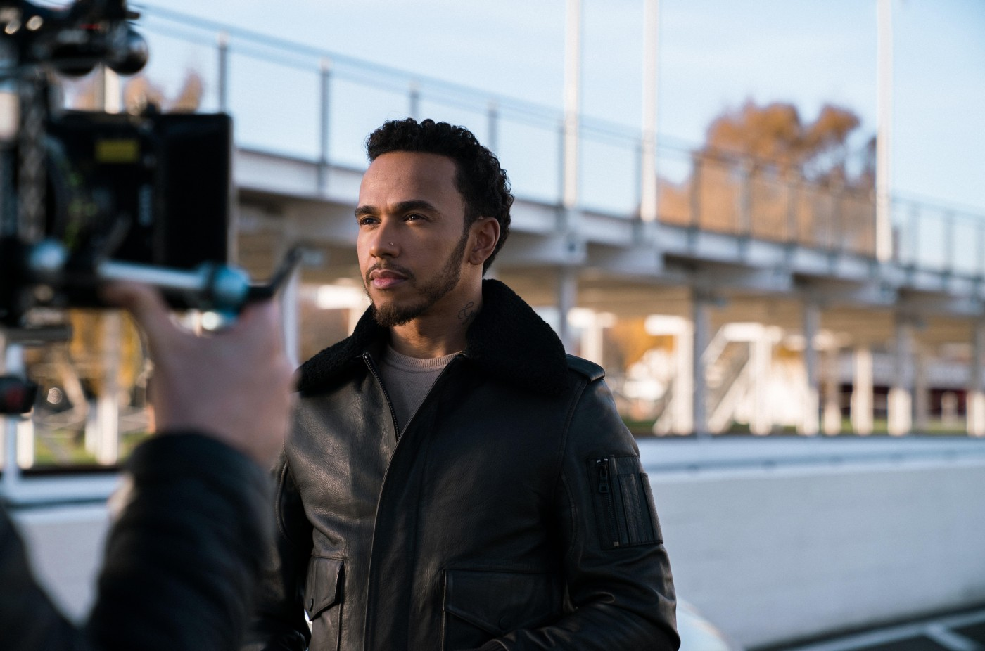 Lewis Hamilton stops time in the new IWC Schaffhausen campaign (VIDEO) - 1