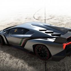 Lamborghini Confirms Veneno Roadster - 7