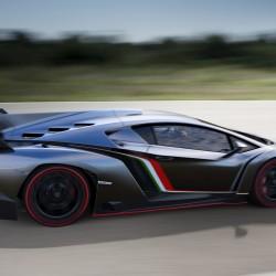 Lamborghini Confirms Veneno Roadster - 8