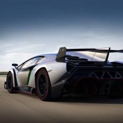 Lamborghini Confirms Veneno Roadster - 10