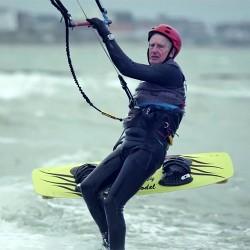 Какво научихме от 77-годишния кайт сърфист - 2