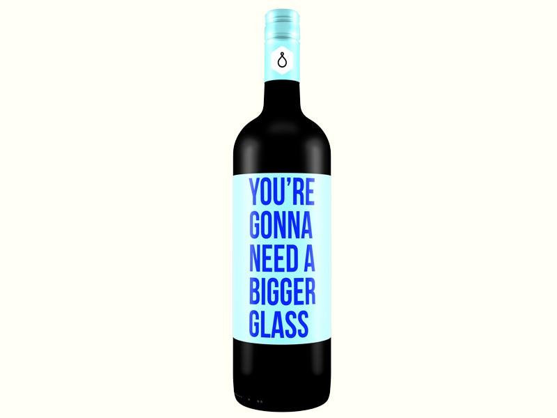 Откровените бутилки вино