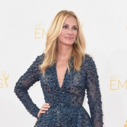 Gorgeous Julia Roberts on Emmy Awards 2014