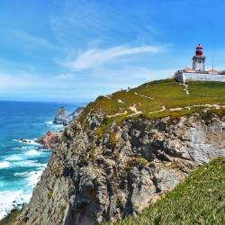 Страната на мореплавателите, виното и добрата музика