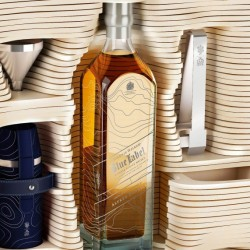 Alfred Dunhill and Johnnie Walker created limited edition trunk - 2