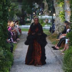 Как езерото Комо се оказа фон на три пищни ревюта на Dolce & Gabbana - 7