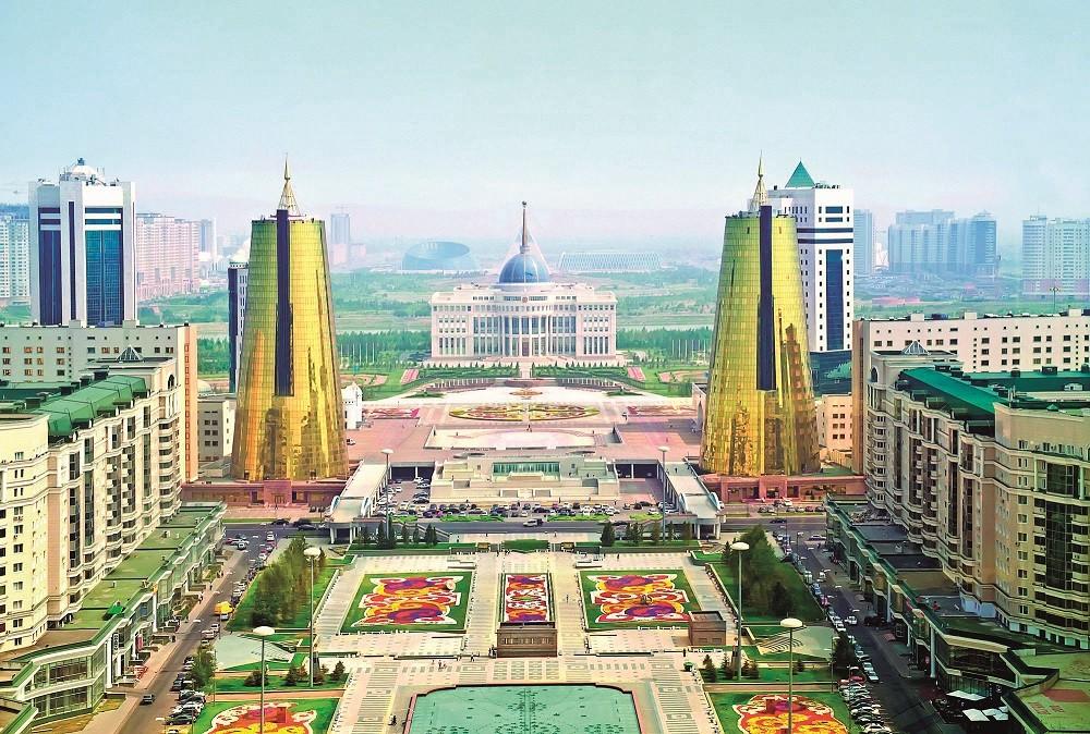 Помитащият звук на искрящата Астана