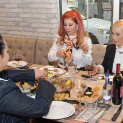 Официалното откриване на ресторант Roadhouse grill събра топ мениджъри от Италия и България - 12