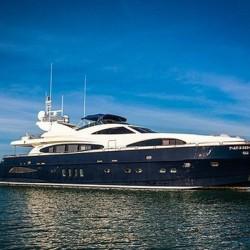 Над 50 супер луксозни яхти акостираха на остров Пукет за новата 2018-та година - 2