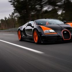 Bugatti sets world convertible speed record