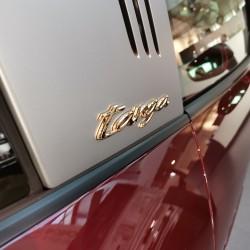 Почит към традицията: модел 911 Targa 4S Heritage Design - 2