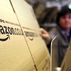 Поръчките от Amazon вече ще идват по-бързо
