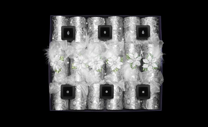 Коледни крекери с диаманти