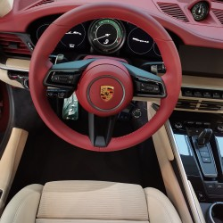 Почит към традицията: модел 911 Targa 4S Heritage Design - 5