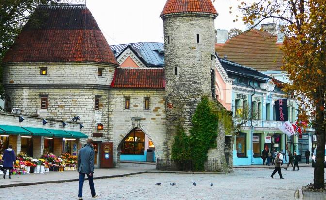 Кафе и книги в Стария град на Талин