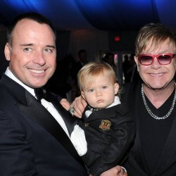 Elton John Turns his Back on Dolce & Gabbana