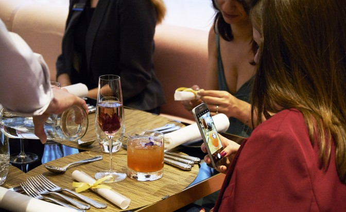 Какво коства на ресторант в центъра на София да празнува 1 година?