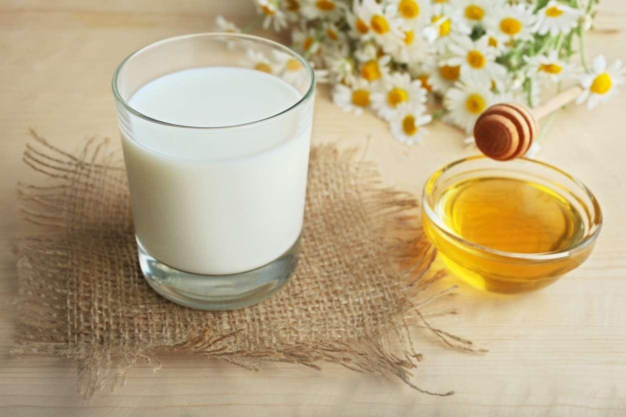 мед и мляко домашна козметика