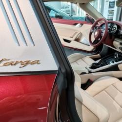 Почит към традицията: модел 911 Targa 4S Heritage Design - 12