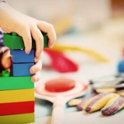На колко години децата научават какво е лукс?