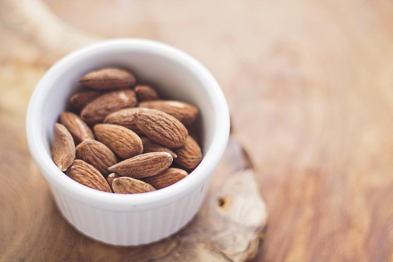домашна рецепта за красота бадеми