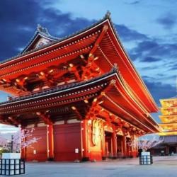 В Япония магията, наречена сакура, продължава от края на март чак до май - 15