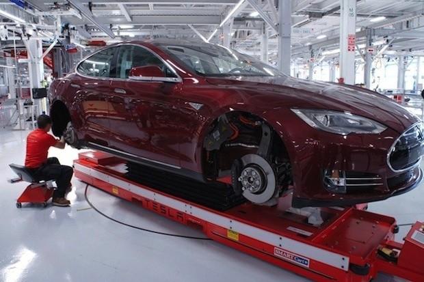 Tesla plans European expansion