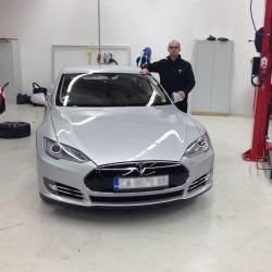 Tesla plans European expansion - 2