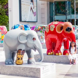 Phuket Randezvous е домакин на Парада на слоновете - 3