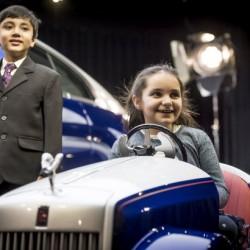 С Rolls-Royce из коридорите на педиатрията - 2